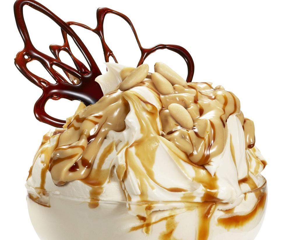Украшаем мороженое