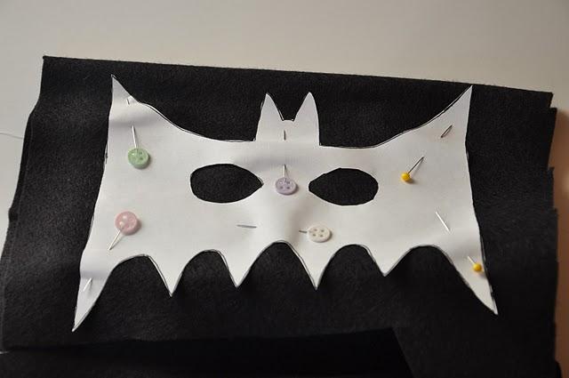 Как сделать своими руками маску для бэтмена