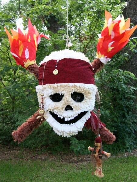 пиньята череп для пиратского дня рождения