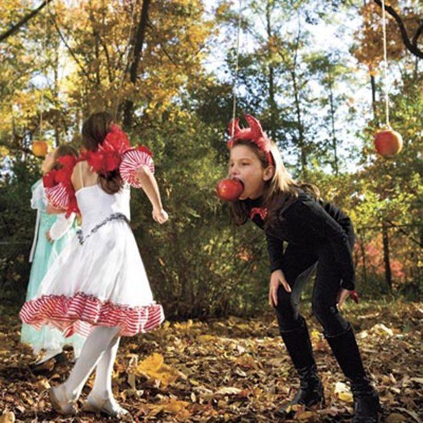 игра достань яблоко