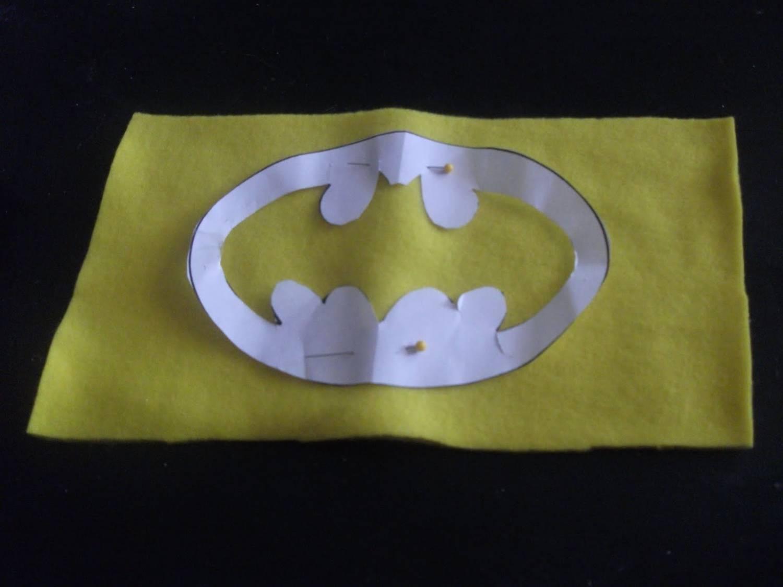 логотип Бэтмена