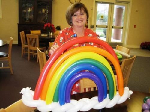 Как сделать радугу из воздушных шаров