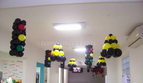 Светофор и конус из воздушных шаров (+ВИДЕО)