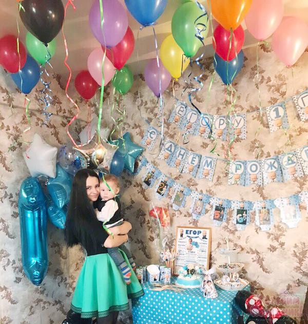 Егору 1 годик - день рождения в стиле Босс Молокосос