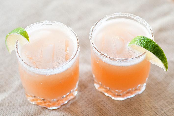 украшение бокалов для напитков - идеи и фото