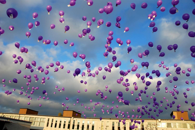 запуск воздушных шариков