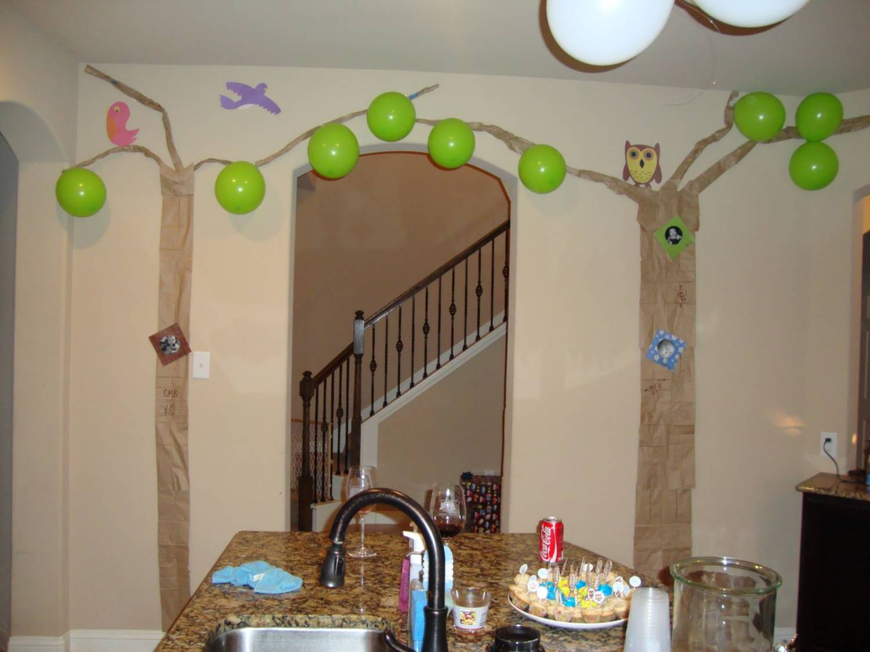 «Лес в квартире» оформление на 1 год