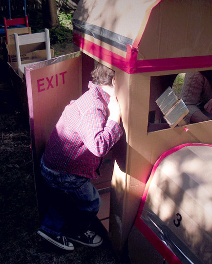 паровозик из картона как сделать из коробок