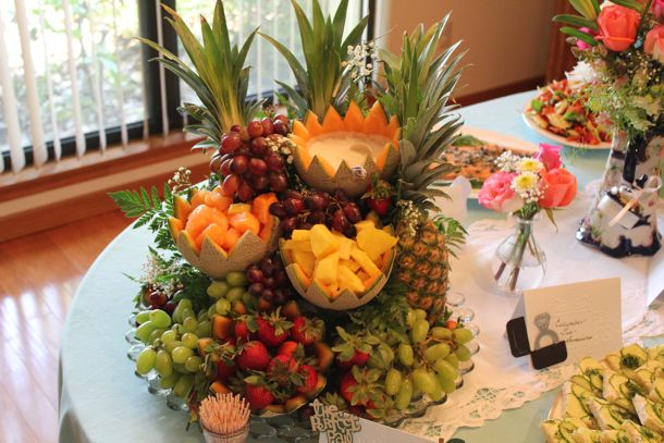 фруктовый каскад для украшения стола
