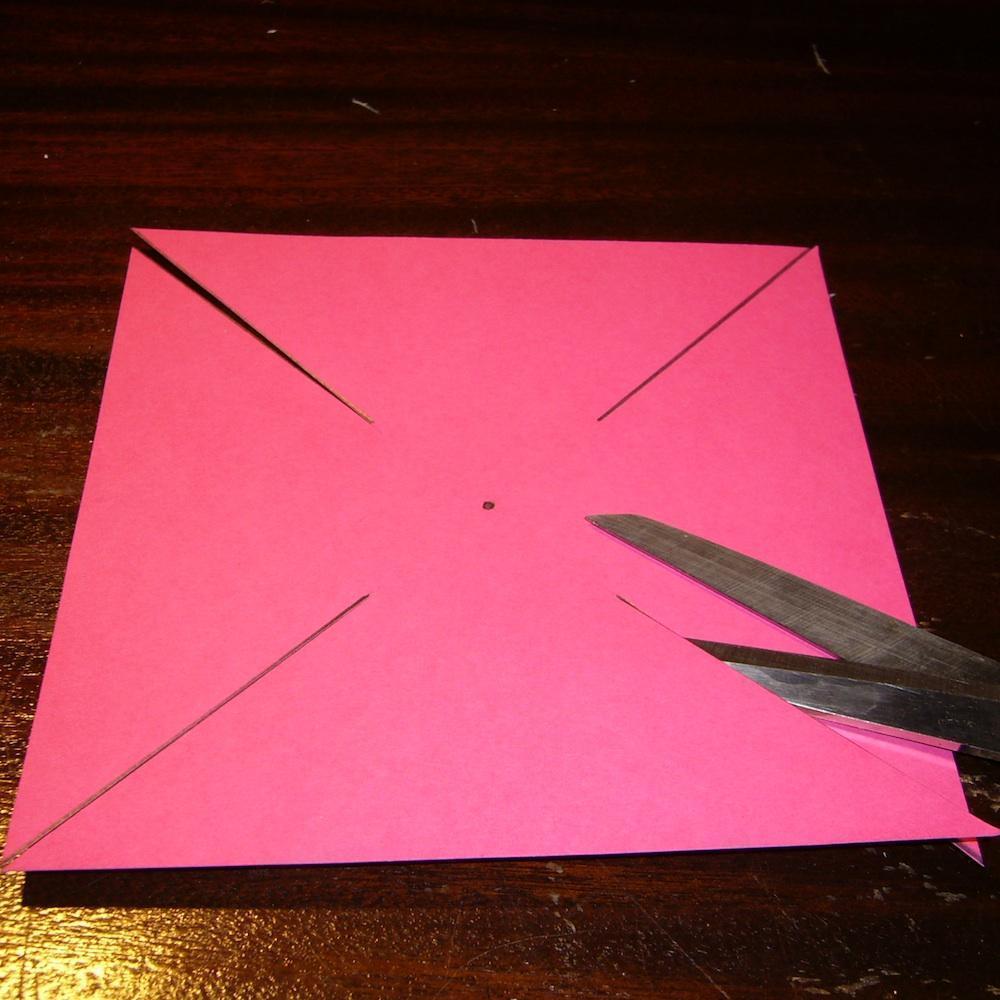 как сделать бумажную вертушку