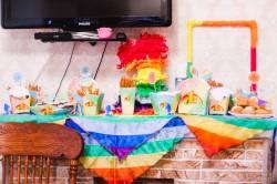 Оформление в стиле «Радуга» от сайта Устроим Праздник! Праздники дома: 1 годик Артемию