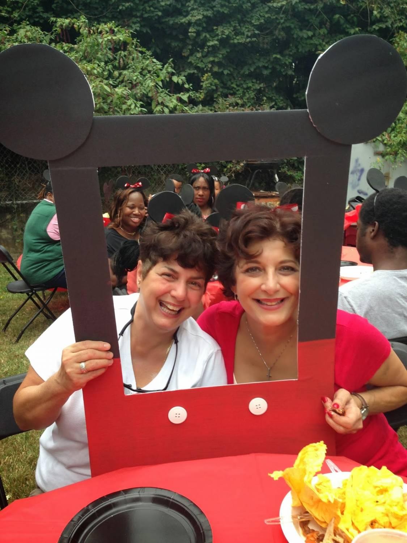Рамка для фотосессии на день рождения «Минни и /или Микки Маус»