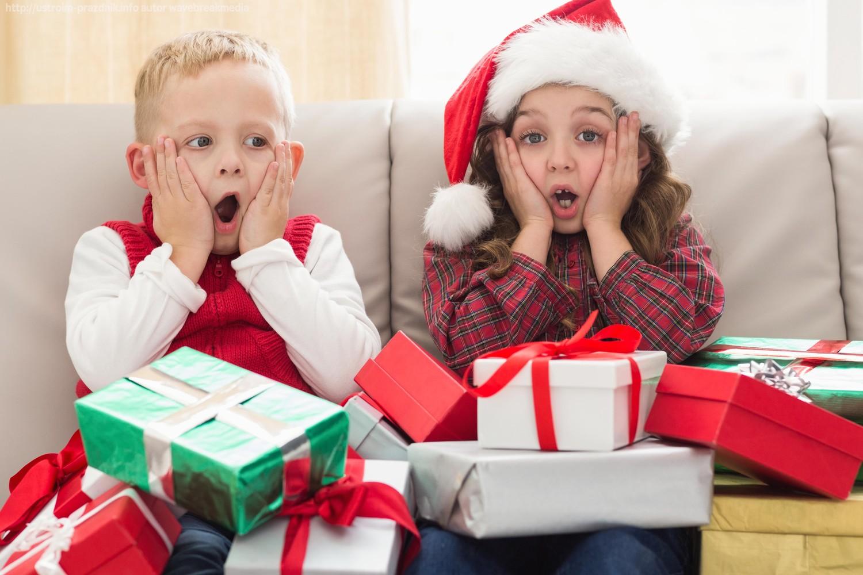 Как интересно подарить ребенку подарок на Новый год