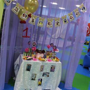 Ралине 1 годик в стиле Минни Маус «Розовый и Глиттер» фотографии